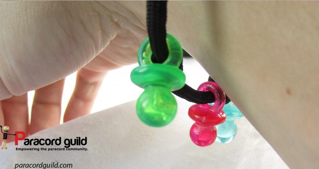 dangling paracord bracelet