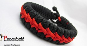 center-stitched-paracord-bracelet