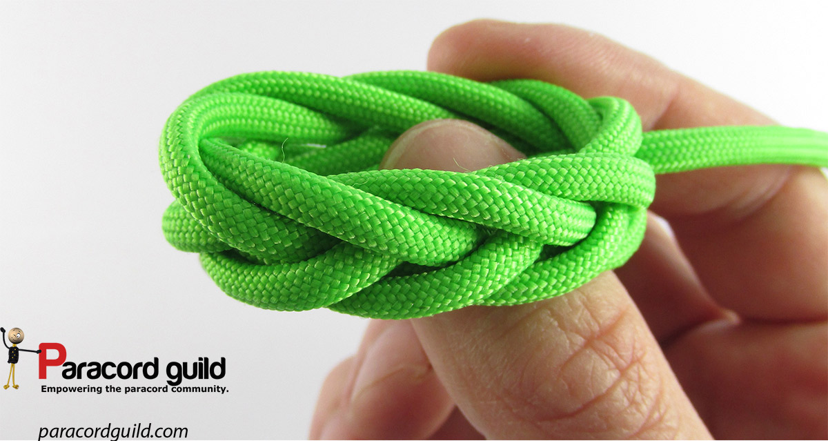 How to tie the Spanish ring knot- 2 passes - Paracord guild