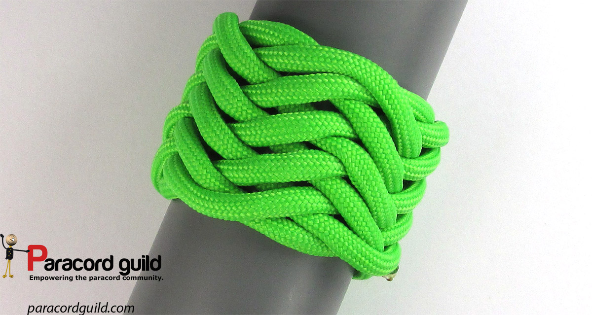 How to tie the herringbone knot - Paracord guild