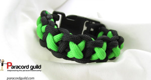 xoxo-bar-paracord-bracelet