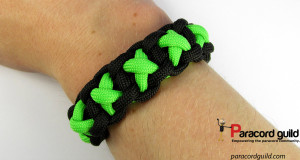 xoxo-paracord-bracelet