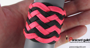 two-color-herringbone-knot