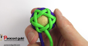 bottom-view-pineapple-knot