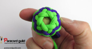 tightened-pineapple-knot