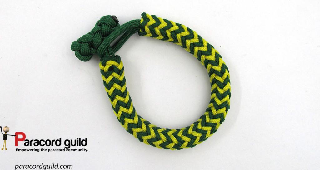 herringbone paracord bracelet