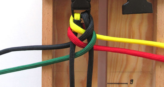 rasta-paracord-bracelet-tutorial (8 of 16)