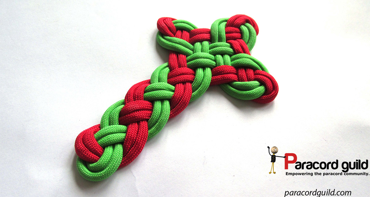Celtic cross paracord guild for Paracord cross instructions