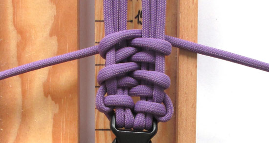 fishtail-belly-paracord-bracelet-tutorial (11 of 14)