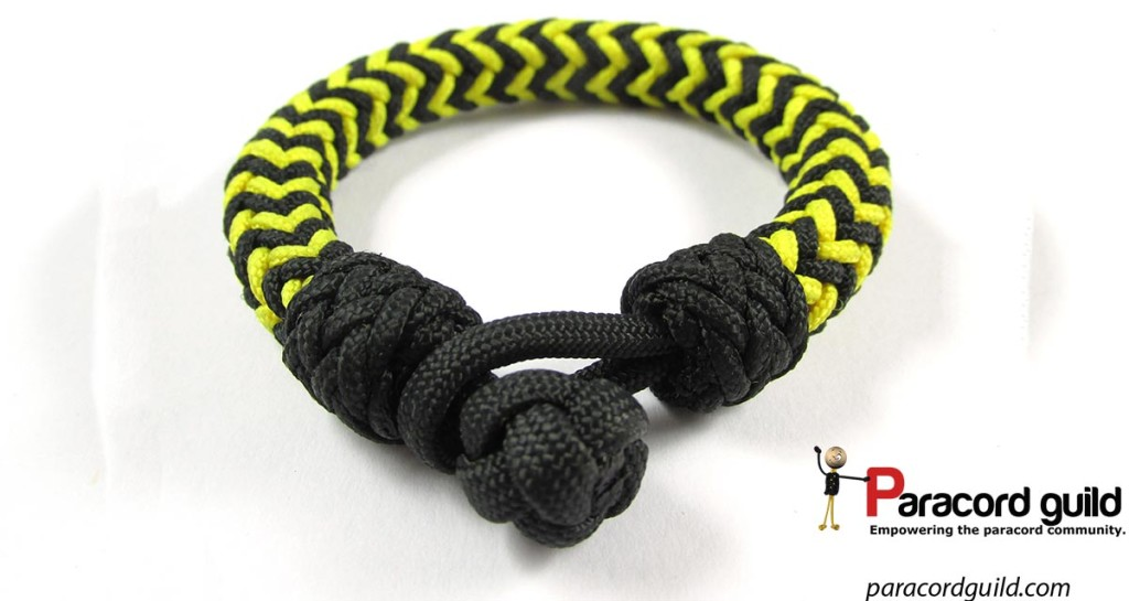 The herringbone bracelet, also finished using the accent knots. I really like these!