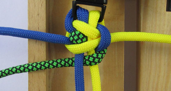 solomons-dragon-paracord-bracelet-tutorial (11 of 23)