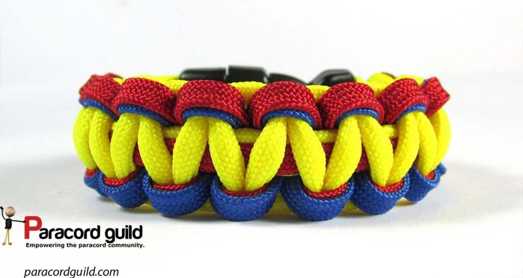 The underside of the bracelet. Also a nice looking weave in my opinion.