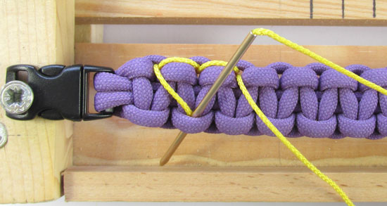 heart-stitched-paracord-bracelet-tutorial (12 of 25)