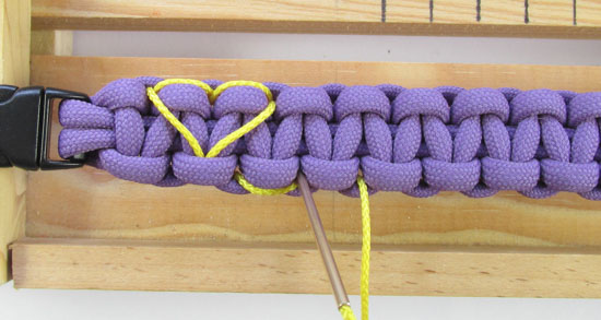 heart-stitched-paracord-bracelet-tutorial (17 of 25)