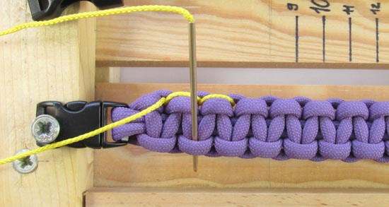 heart-stitched-paracord-bracelet-tutorial (9 of 25)