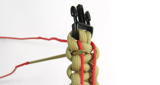ladder-stitch-paracord-bracelet-tutorial (8 of 18)