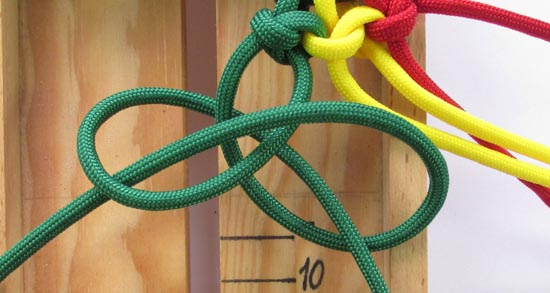 mated-snake-knot-paracord-bracelet-tutorial (18 of 31)