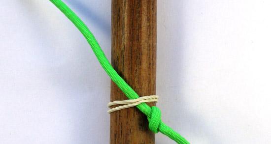 single-strand-matthew-walker-knot-tutorial (1 of 10)