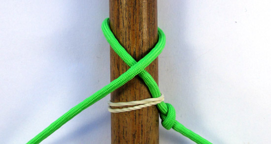 single-strand-matthew-walker-knot-tutorial (2 of 10)