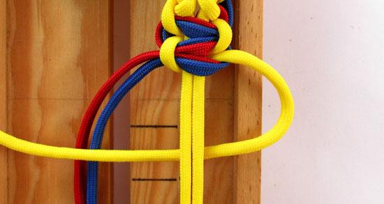 twisted-cobra-paracord-bracelet-tutorial (25 of 27)