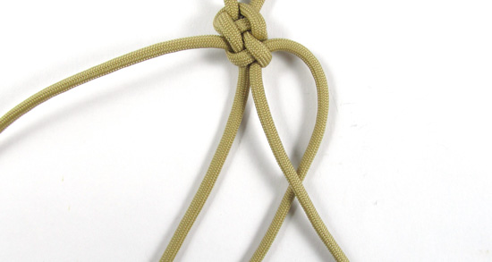 vertical-crown-knot-paracord-cross-tutorial (12 of 27)