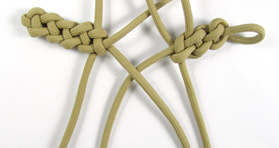 vertical-crown-knot-paracord-cross-tutorial (18 of 27)