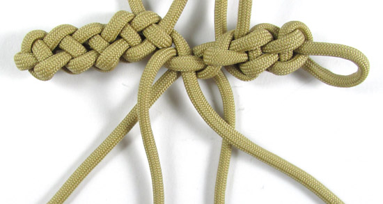 vertical-crown-knot-paracord-cross-tutorial (22 of 27)