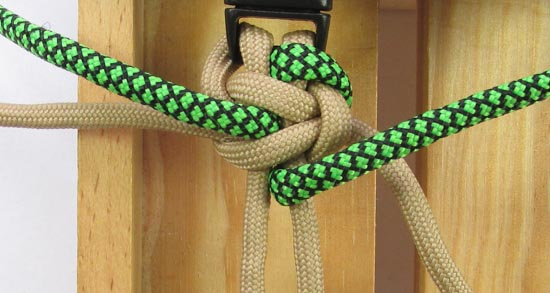 caged-solomon-bar-paracord-bracelet-tutorial (11 of 19)