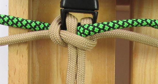 caged-solomon-bar-paracord-bracelet-tutorial (6 of 19)
