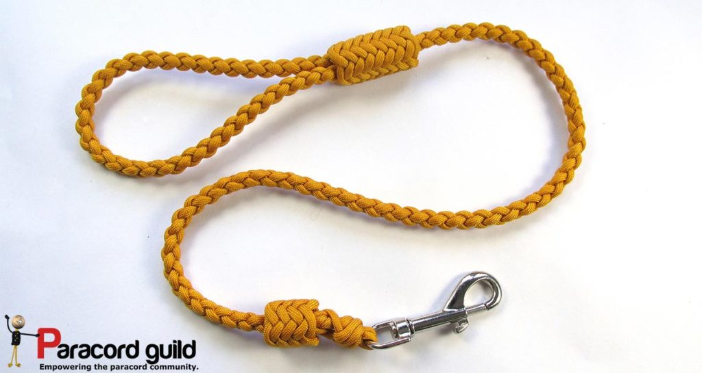 braided-paracord-leash-herringbone-style