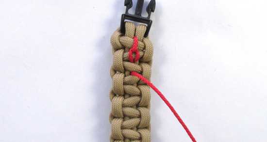 chain-stitched-paracord-bracelet-tutorial (12 of 15)