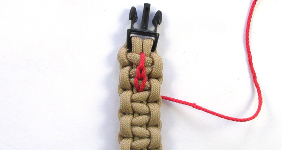 chain-stitched-paracord-bracelet-tutorial (15 of 15)