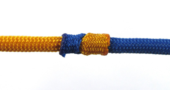 crossed-chain-sennit-paracord-bracelet-tutorial-1-of-28