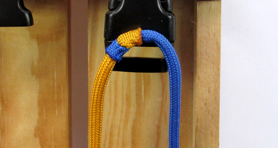 crossed-chain-sennit-paracord-bracelet-tutorial-9-of-28
