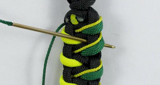 stitched-caged-solomon-paracord-bracelet-v2-tutorial-15-of-19