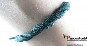 twisted-para-bracelet