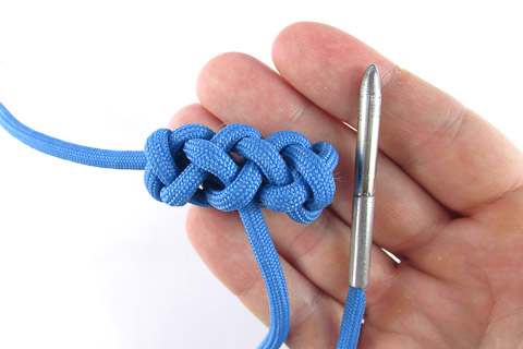toggle-knot-(30-of-34)