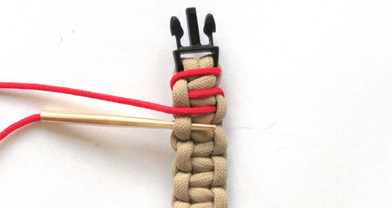 simple-laced-paracord-bracelet-tutorial (7 of 14)