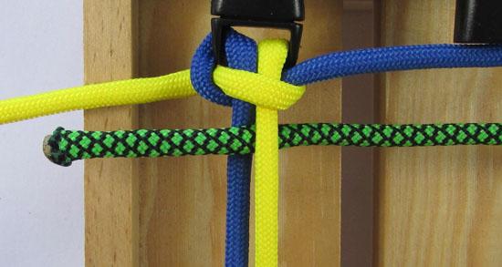 solomons-dragon-paracord-bracelet-tutorial (7 of 23)