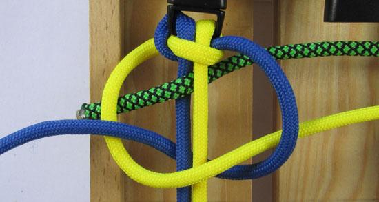 solomons-dragon-paracord-bracelet-tutorial (9 of 23)