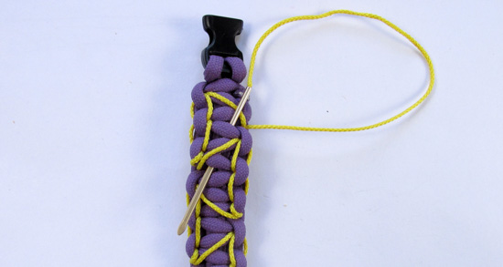 heart-stitched-paracord-bracelet-tutorial (25 of 25)