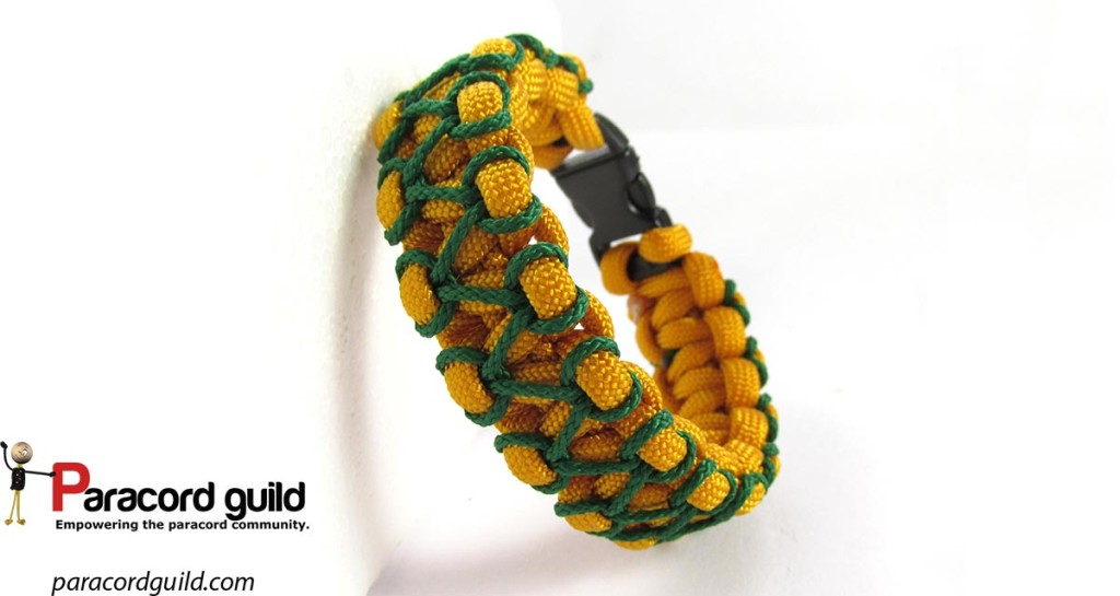 herringbone-stitch-paracord-bracelet