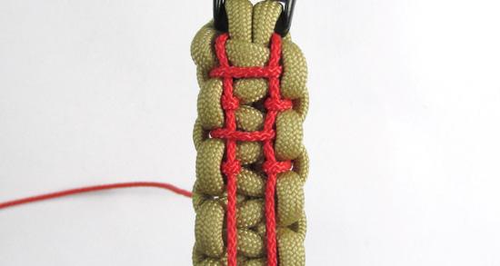 ladder-stitch-paracord-bracelet-tutorial (18 of 18)
