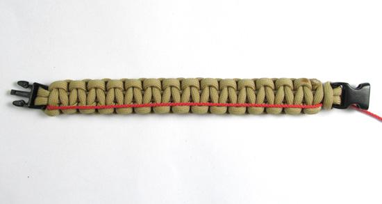 ladder-stitch-paracord-bracelet-tutorial (4 of 18)