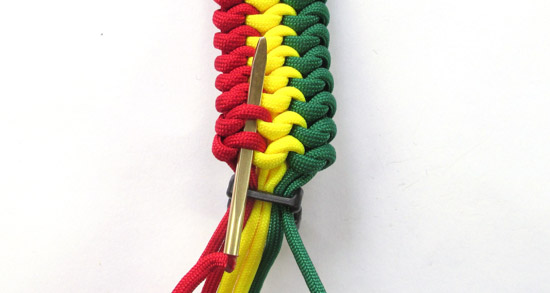 mated-snake-knot-paracord-bracelet-tutorial (30 of 31)