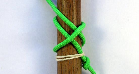 single-strand-matthew-walker-knot-tutorial (3 of 10)