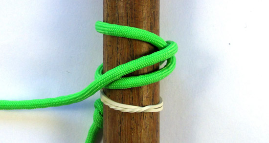 single-strand-matthew-walker-knot-tutorial (4 of 10)