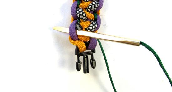 stitched-solomons-dragon-paracord-bracelet-tutorial (14 of 24)