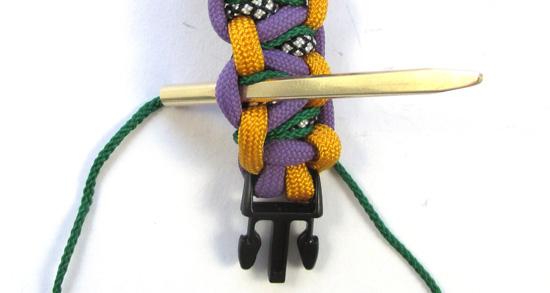 stitched-solomons-dragon-paracord-bracelet-tutorial (17 of 24)
