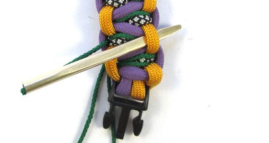 stitched-solomons-dragon-paracord-bracelet-tutorial (18 of 24)
